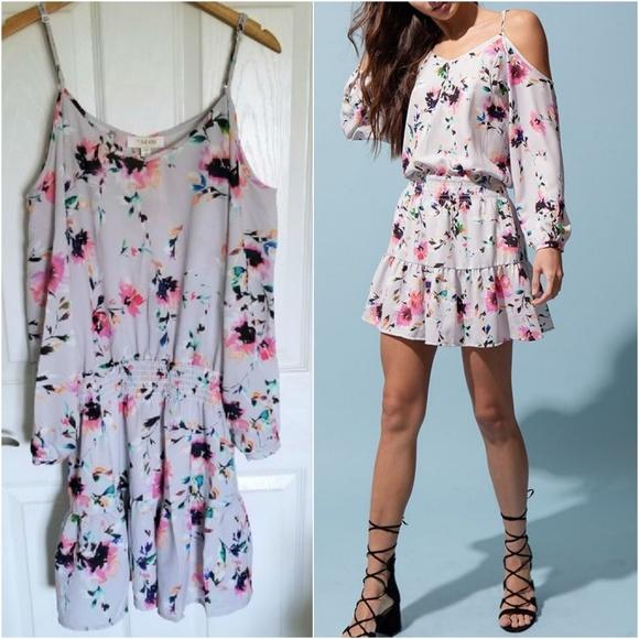 Yumi Kim Dresses & Skirts - Yumi Kim 'daydream' cold shoulder dress